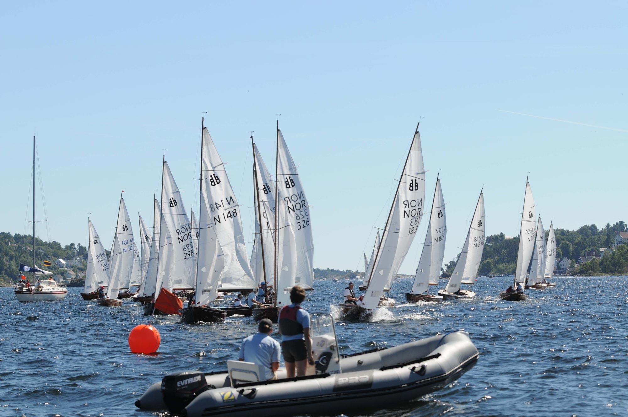 Lån en BB11 og seil regatta på byfjorden til lørdag